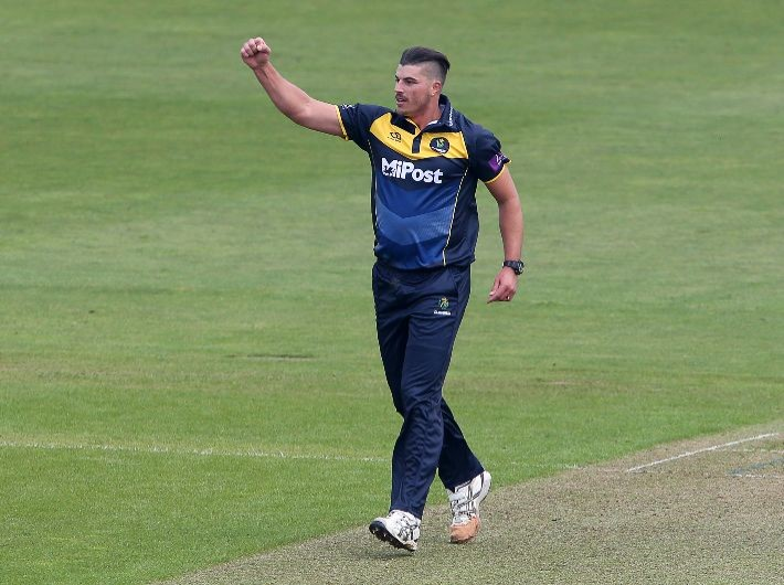 de Lange signs two-year extension