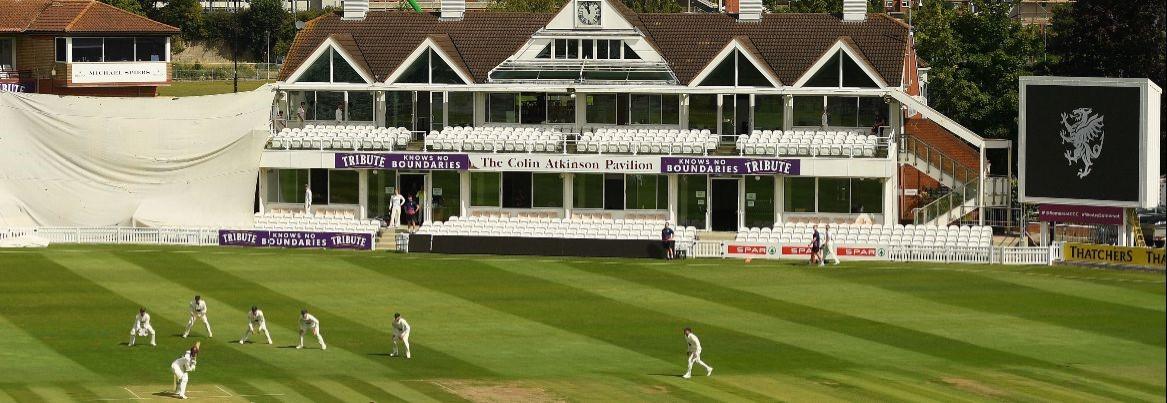 Glamorgan lose at Taunton by 289 runs